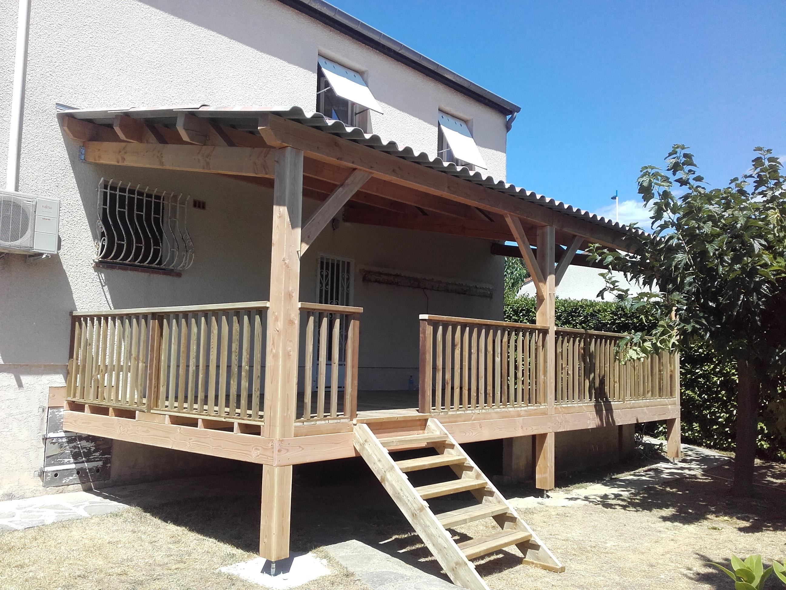 Auvent et terrasse bois
