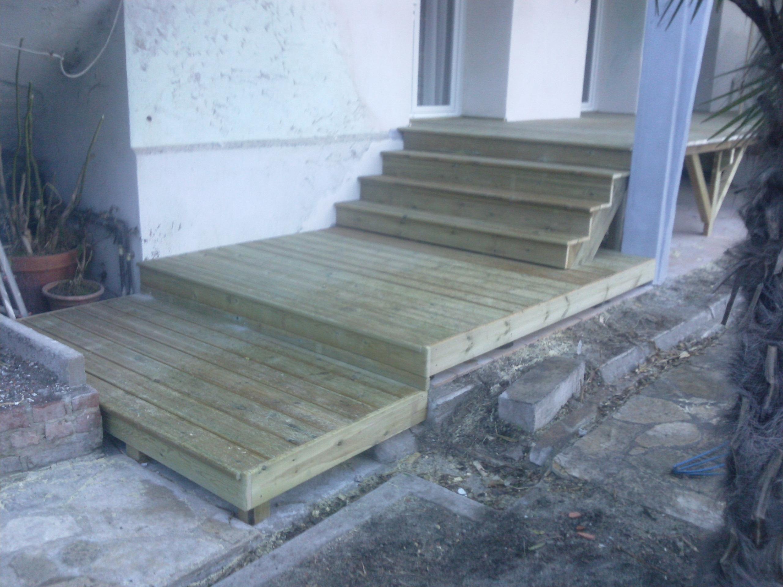 terrasse sur pilotis boiseco construction maisons a ossature bois. Black Bedroom Furniture Sets. Home Design Ideas